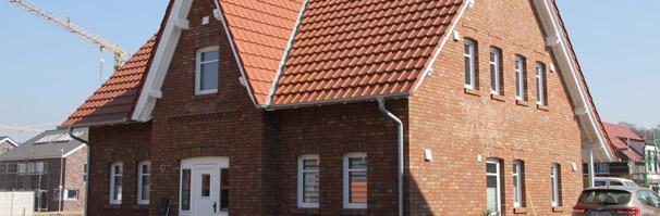 landhaus mit klinker fassade amp friesen giebel architektur. Black Bedroom Furniture Sets. Home Design Ideas