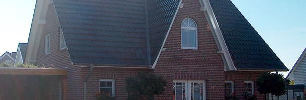 haustyp oer erkenschwick friesenhaus einfamilienhaus 3 giebel haus landhaus massivhaus. Black Bedroom Furniture Sets. Home Design Ideas