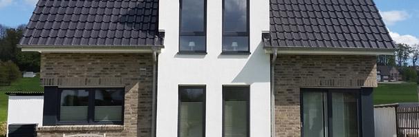Haustyp schwalmtal modernes einfamilienhaus modernes for Modernes haus nrw