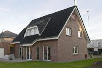 haustyp m lheim an der ruhr friesenhaus einfamilienhaus 3 giebel haus landhaus massivhaus. Black Bedroom Furniture Sets. Home Design Ideas