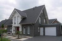 Massivhaus satteldach  Referenzen klassische Einfamilienhäuser, Massivhäuser ...