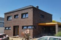 Moderne stadtvilla essen nrw mit dachterrasse dachgarten for Modernes haus nrw