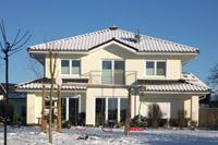 Stadtvilla kamp lintfort massivhaus einfamilienhaus mit 2 for Stadtvilla klassisch